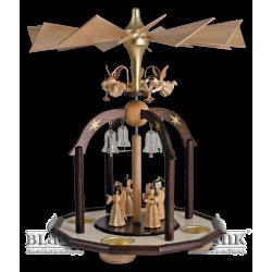 PG 002 ELNT Glöckchenpyramide mit Faltenlangrockengeln und Teelichthaltern von Blank Kunsthandwerk, Gruenhainichen
