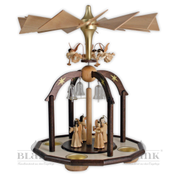 Pyramid with angels with long pleated robes and tea light holder