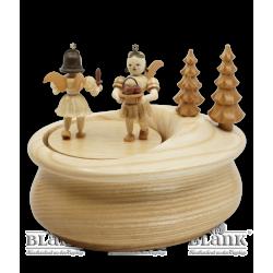 SP 020 Spieldose mit 2 Gabenbringern, oval von Blank Kunsthandwerk, Gruenhainichen