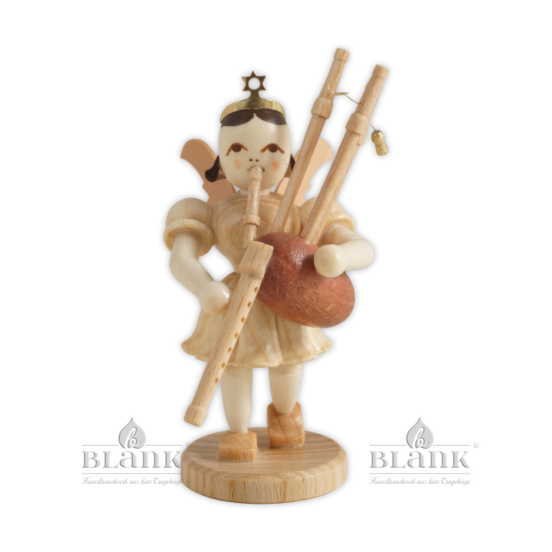 EK 085 Angel with Short Pleated Skirt and Bagpipes