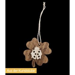 Baumbehang Marienkäfer