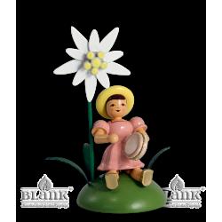 BKS 021 Blumenkind mit Edelweiß und Tamburin, sitzend von Blank Kunsthandwerk, Gruenhainichen
