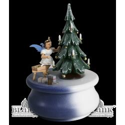 SPF 022 Spieldose Weihnachtstraum mit Baum und Engel, farbig von Blank Kunsthandwerk, Gruenhainichen